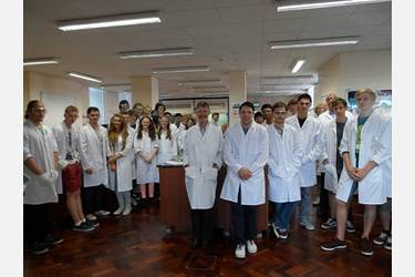 Jennifer Heyes attended the Nanotechnology course at the University of Leeds