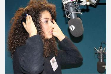 Iman singing on BBC Asian Network