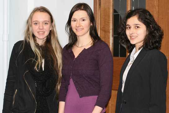 Dr Fiona Edwards (centre) with two of the Sixth Form girls who attended the lecture