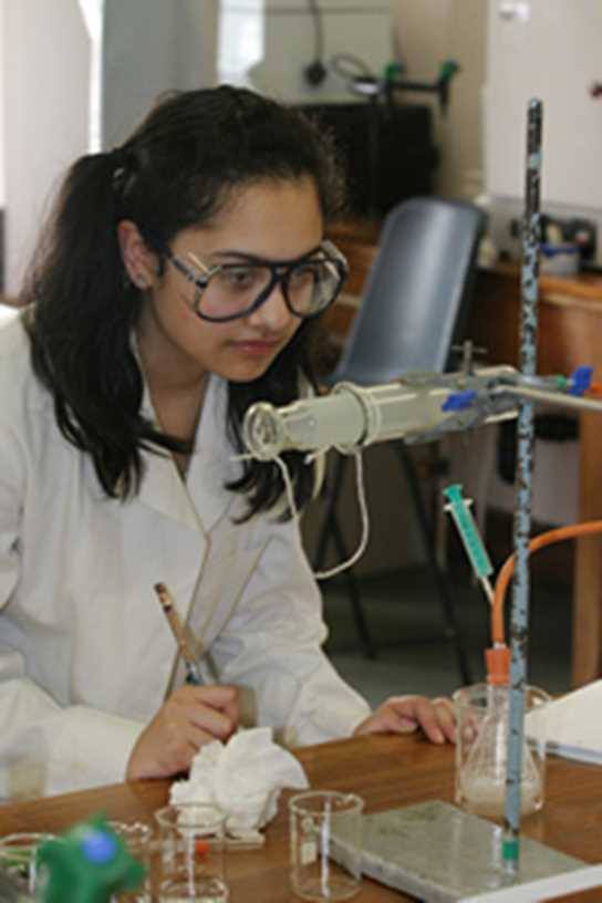 Girls Division Biology student