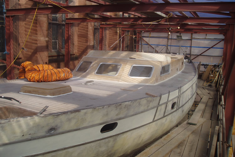 boat-the-coachroof-ready-for-epoxy-coating
