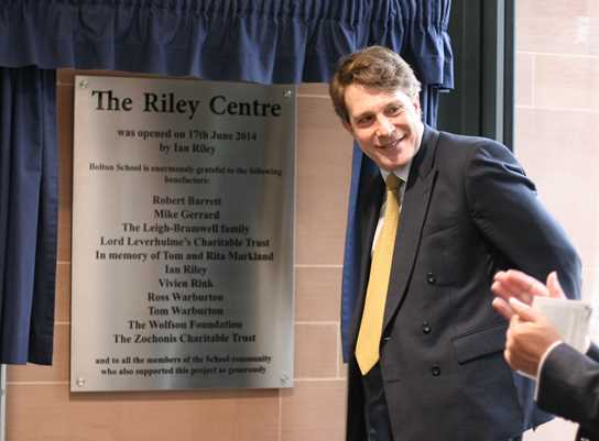 Ian Riley unveils the plaque and officially opens the Riley Sixth Form Centre