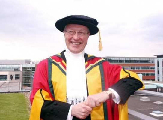 Justice Ryder following the ceremony which installed him as Chancellor