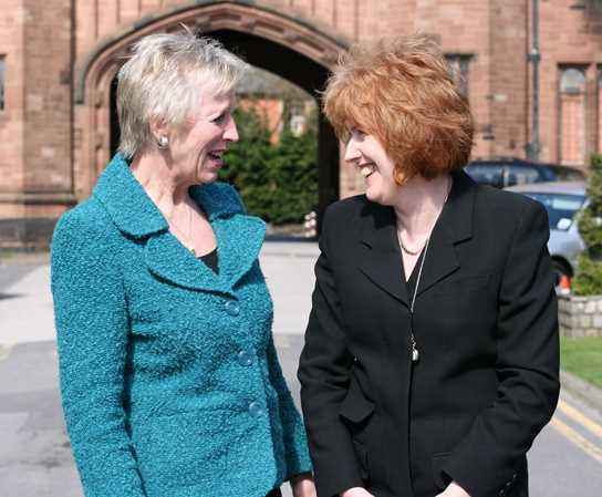 Mrs Gill Richards welcomes new Head Miss Sue Hincks