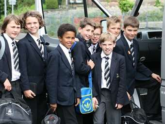 The U11 Football Team set off from School on their way to Wembley