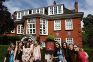 Girls outside the Freud Museum