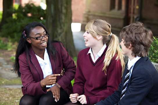 Pupils meet up at lunchtime