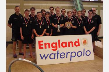 The U16s' water-polo team are national champions!