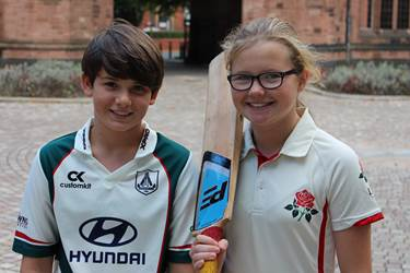 Anna and Amelia have been called up to the Girls' Lancs U13s' cricket team