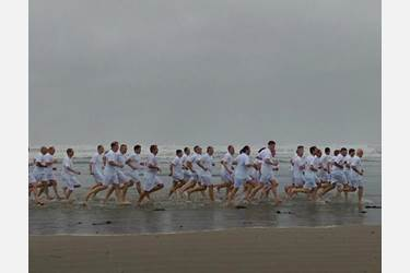 100 Heads took part in the HMC's Chariots of Fire run