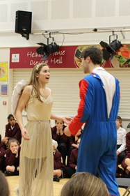 The lovers meet and agree to marry after the Capulet ball