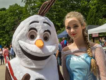Special guests Elsa and Olaf from Disney's Frozen