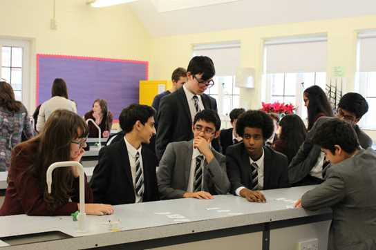 Pupils discuss scientific and philosophical questions