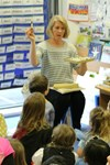 Children's book illustrator Lesley Danson visited Year 1