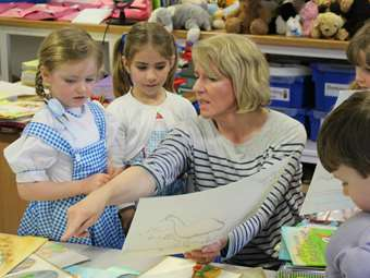 It was great for Lesley to share her work with the children