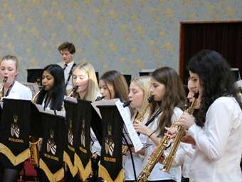 Saxophone Choir (2)