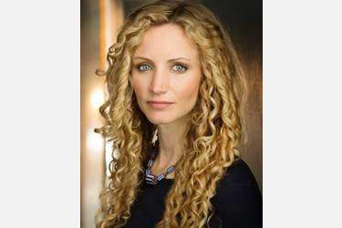 Suzannah Lipscomb will give a free lecture titled 'Leadership Lessons from the Tudors'