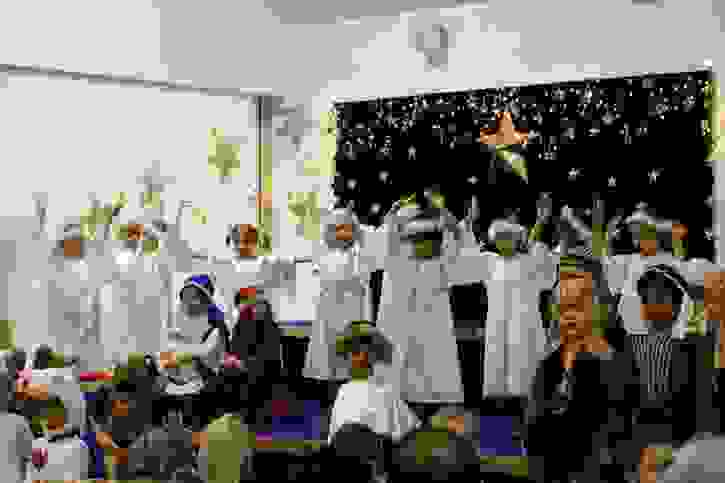 Reception Nativity 2016 angels dancing