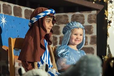 Nursery Nativity - Mary & Joseph