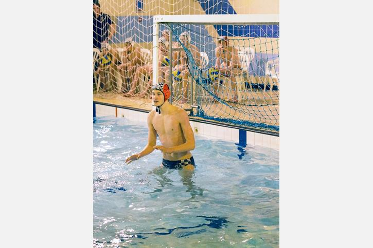 U18 Water Polo goalie