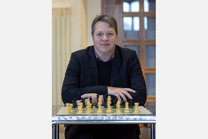 Nigel Short with chessboard