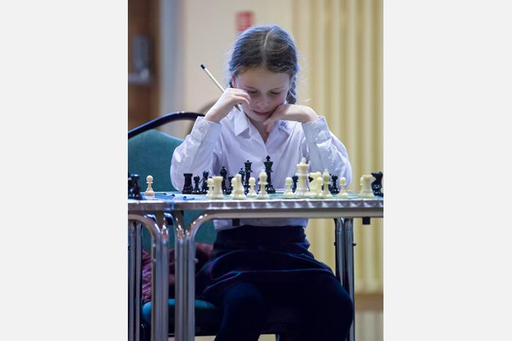 Nigel Short - Junior Girl concentrating