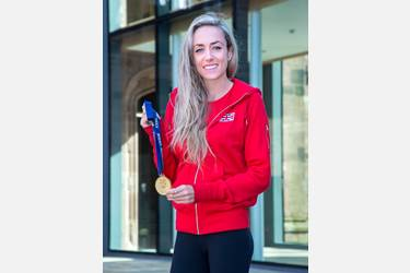 Eilish McColgan with medal