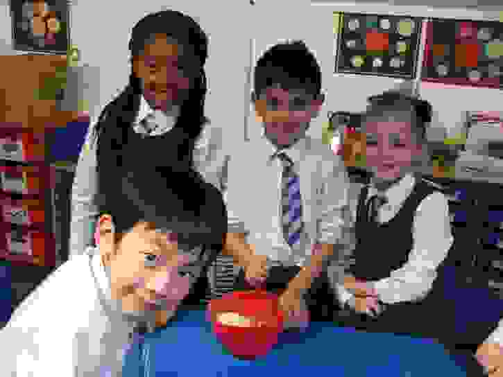 Y2 Baking Club - Mixing