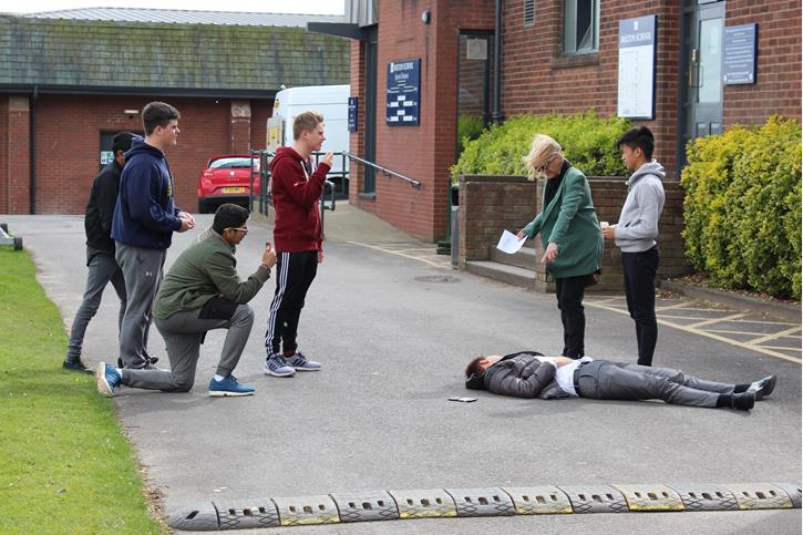 Film Academy - filming a scene