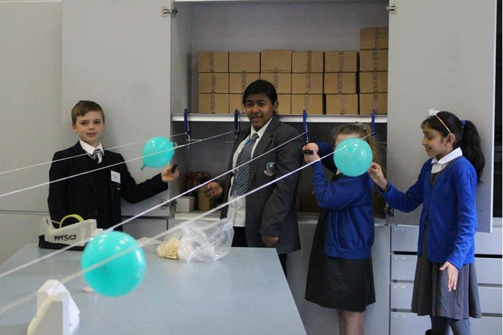 Thomasson Memorial Science Lessons - balloon race