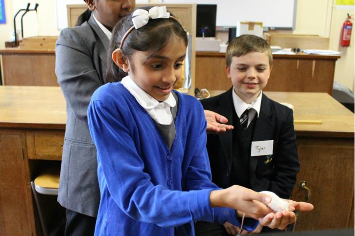 Thomasson Memorial Science Lessons - holding a mouse