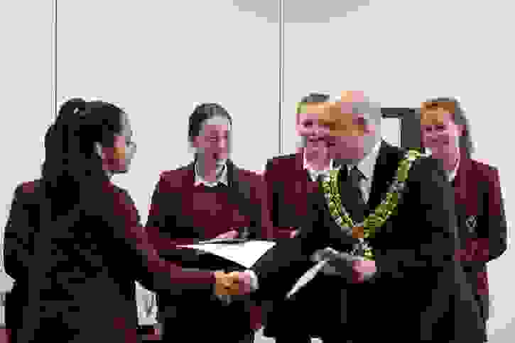PA Future Entrepreneurs Final - Mayor of Bolton presents prizes