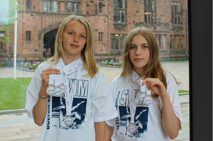 NW Regional Summer Swimming Champs medallists Lucy & Elly