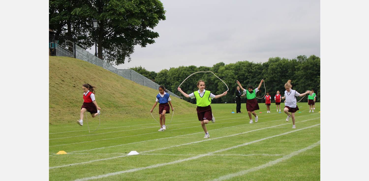 Sports Day - skipping race