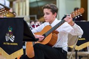 Autumn Concert guitarist