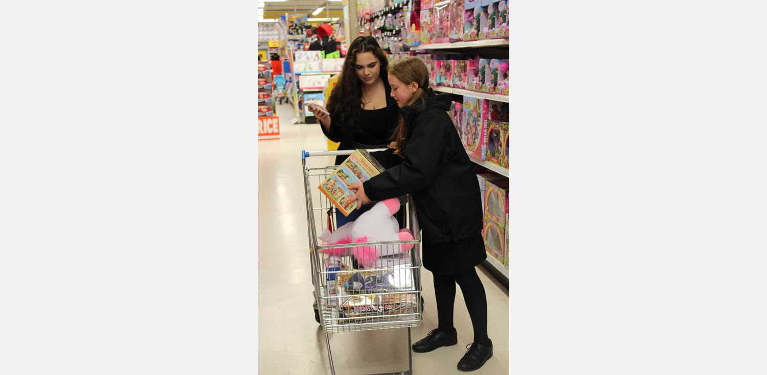 Toys R Us Mission Xmas Appeal (1)