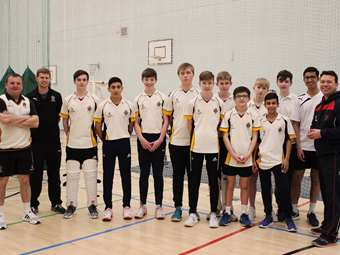 Pro Cricketers visit U15 team