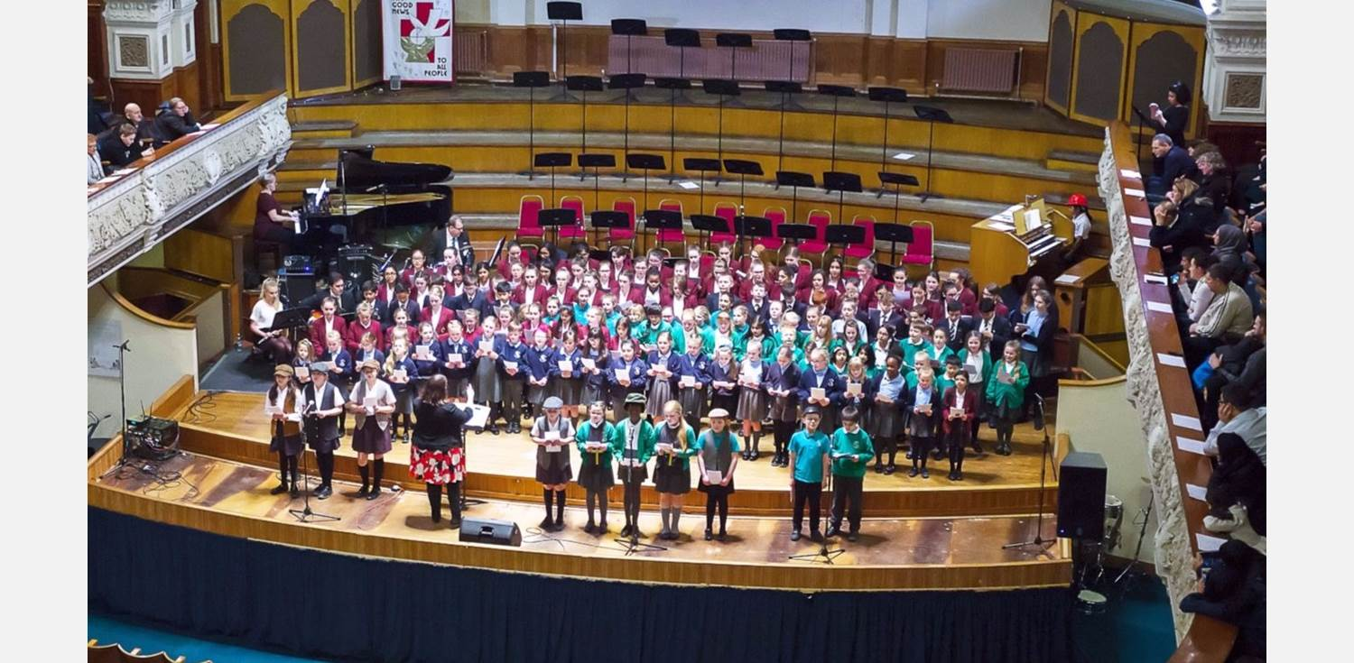 Spring Concert Victoria Hall massed choir KKP-152694