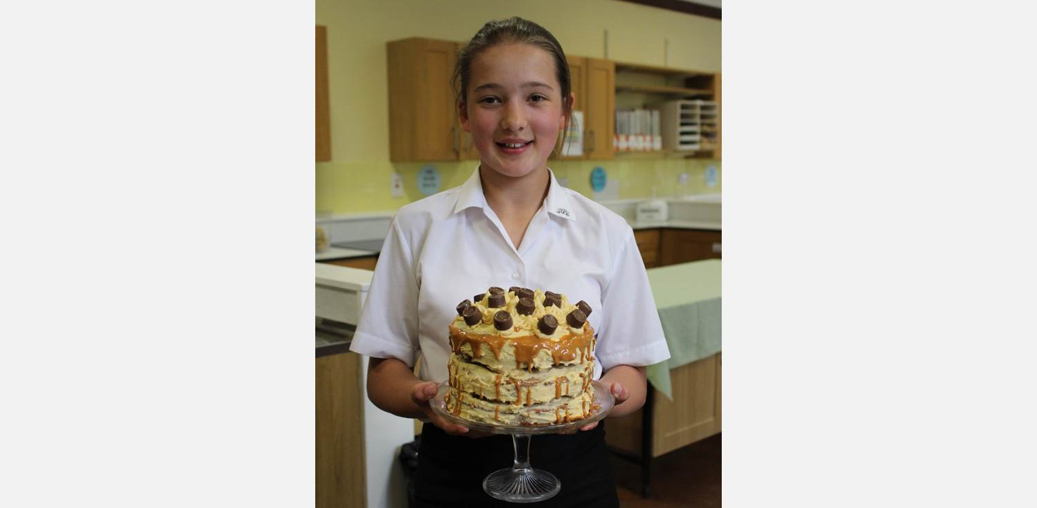 Bake Off Final Y7 Salted Caramel
