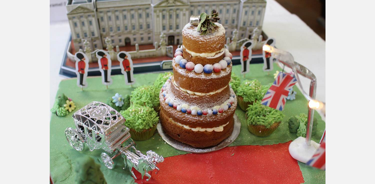 Bake Off Final Royal Wedding detail