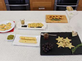 Bake Off Savoury Crackers Y8-9