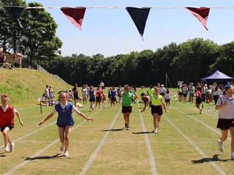 Sports Day racing