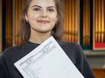 GD GCSE Results Day Charleigh Adams KKP-000444
