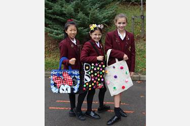 Children in Need spotty bags JG (3)