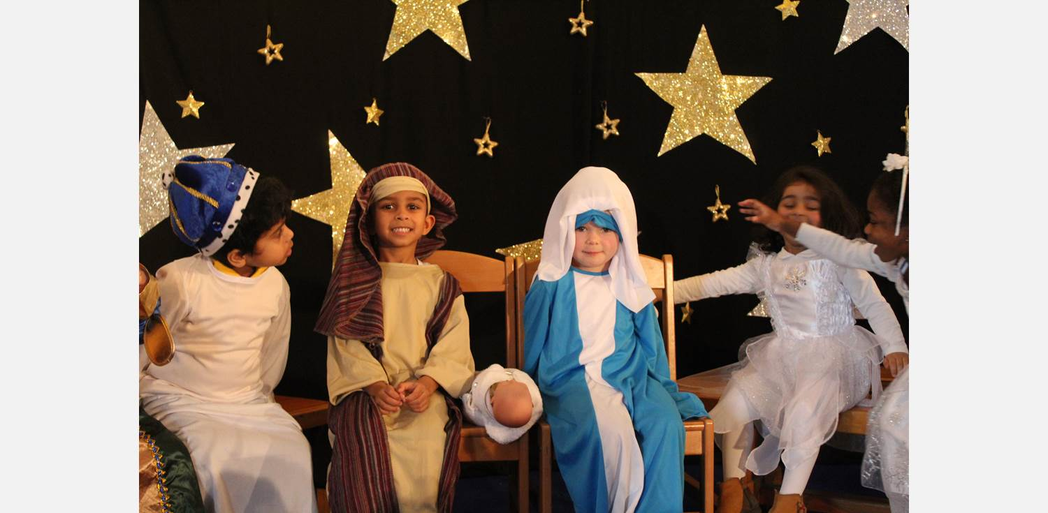 Nursery Nativity Mary & Joseph
