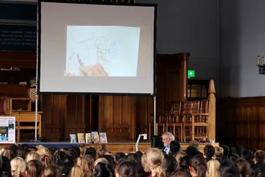 Chris Riddell - live drawing (1)