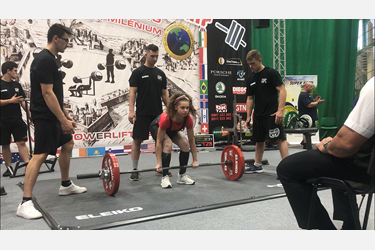 Porscha powerlifting