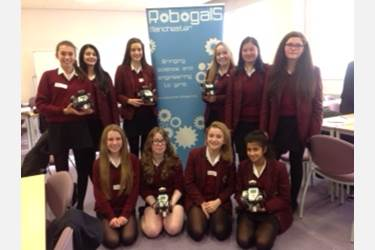 Year 9 girls had great fun working with the Robogals at the University of Manchester